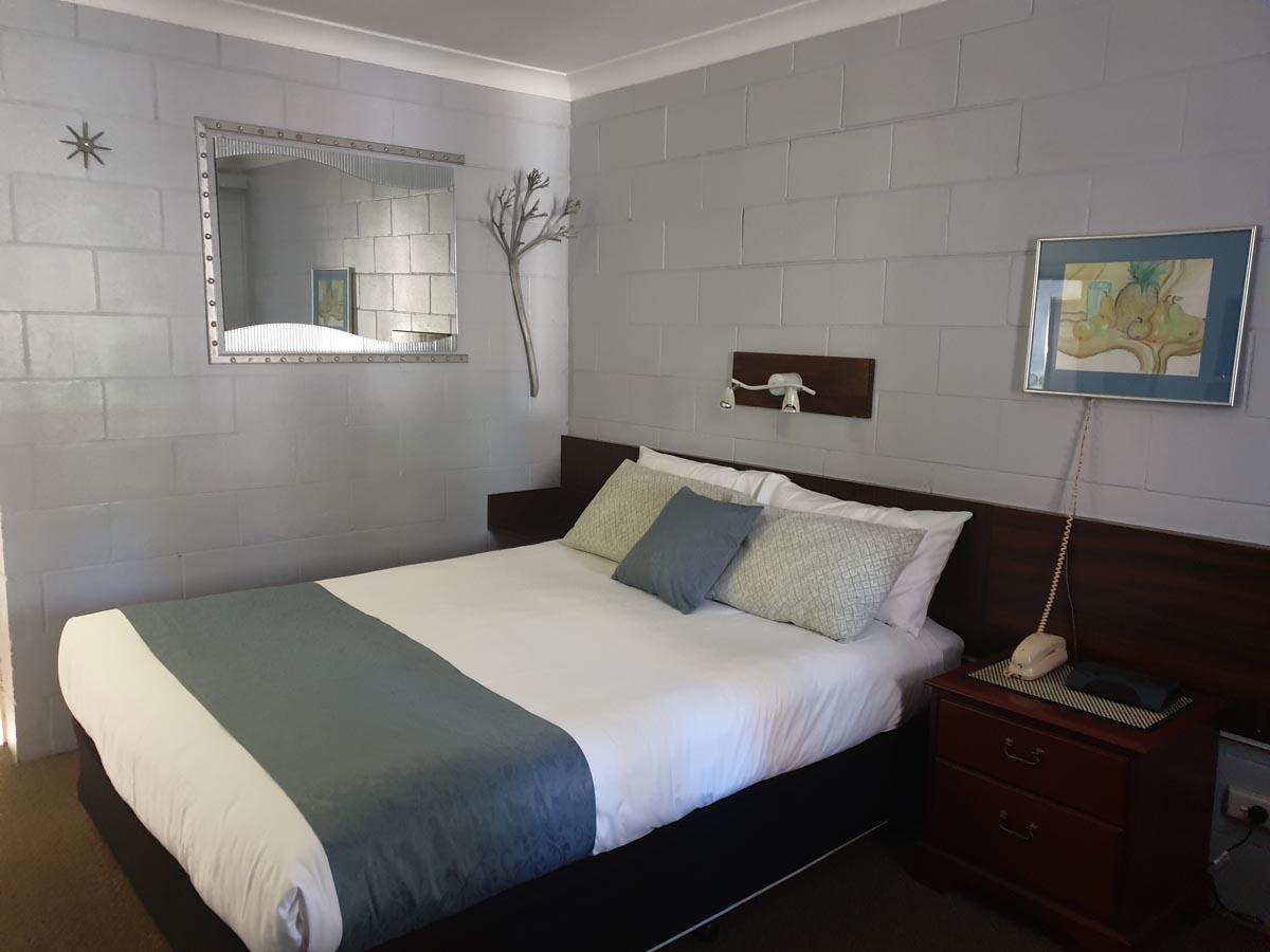 MFMI Room shote 006